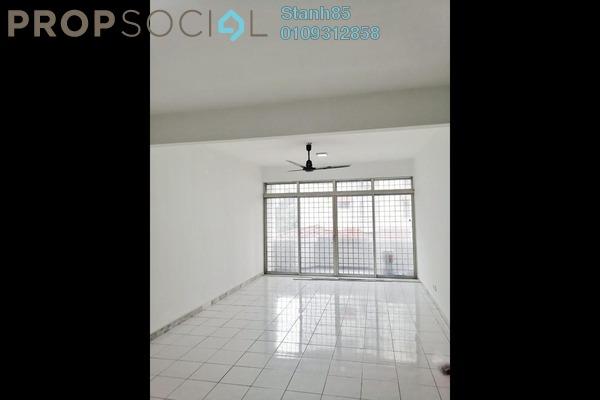Condominium For Sale in Bukit OUG Condominium, Bukit Jalil Freehold Semi Furnished 3R/2B 360k