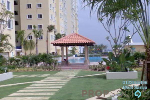 Apartment For Sale in Casa Subang, UEP Subang Jaya Freehold Semi Furnished 4R/2B 380k
